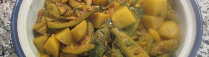 Karella Aloo Curry (Bittergurke mit Kartoffel)