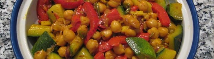Chana mit Zucchini und Peperoni