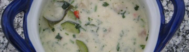 Fischsuppe mit Kokosnussmilch